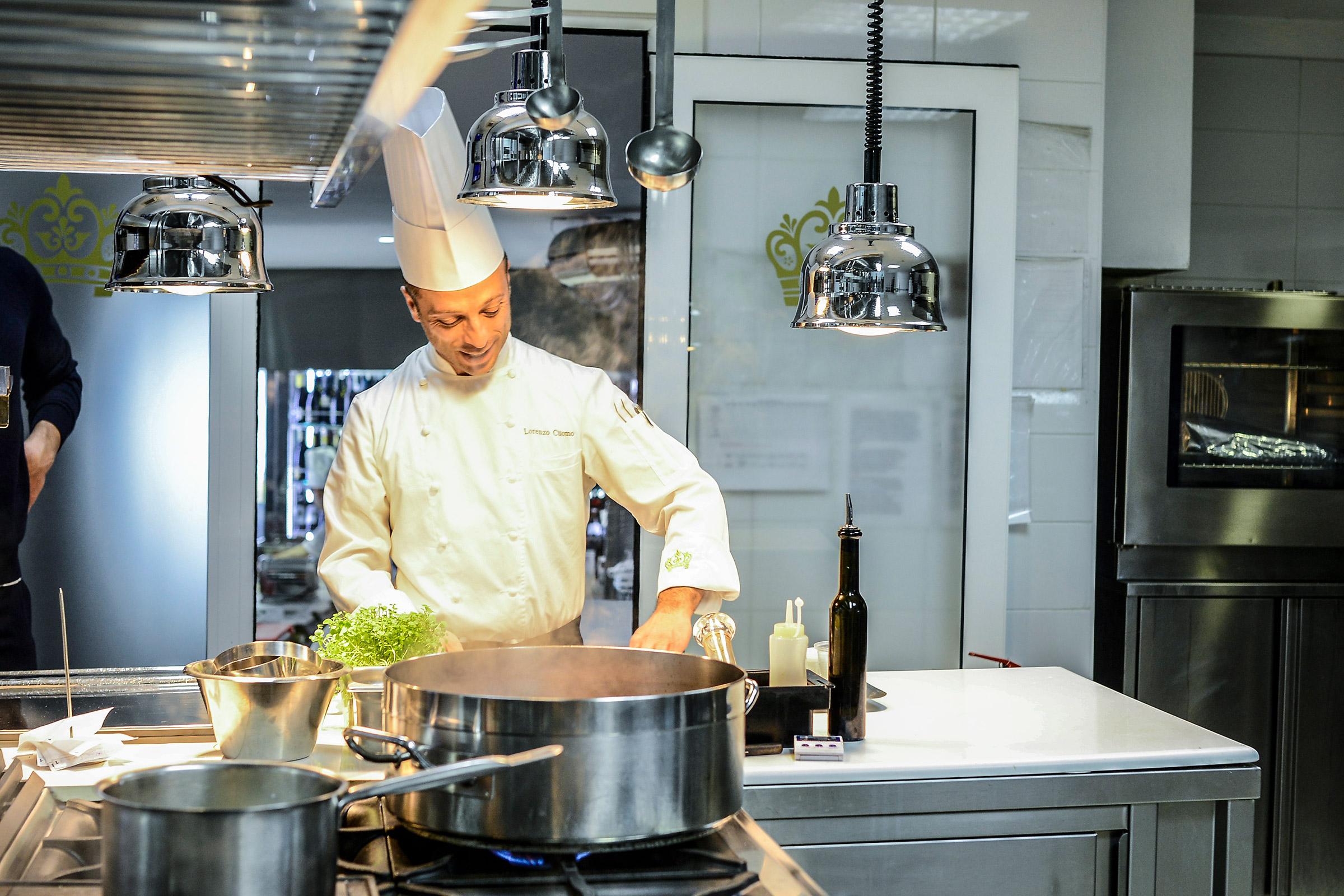 Ristorante cucina a vista: tradizione ed eleganza da Re Maurì